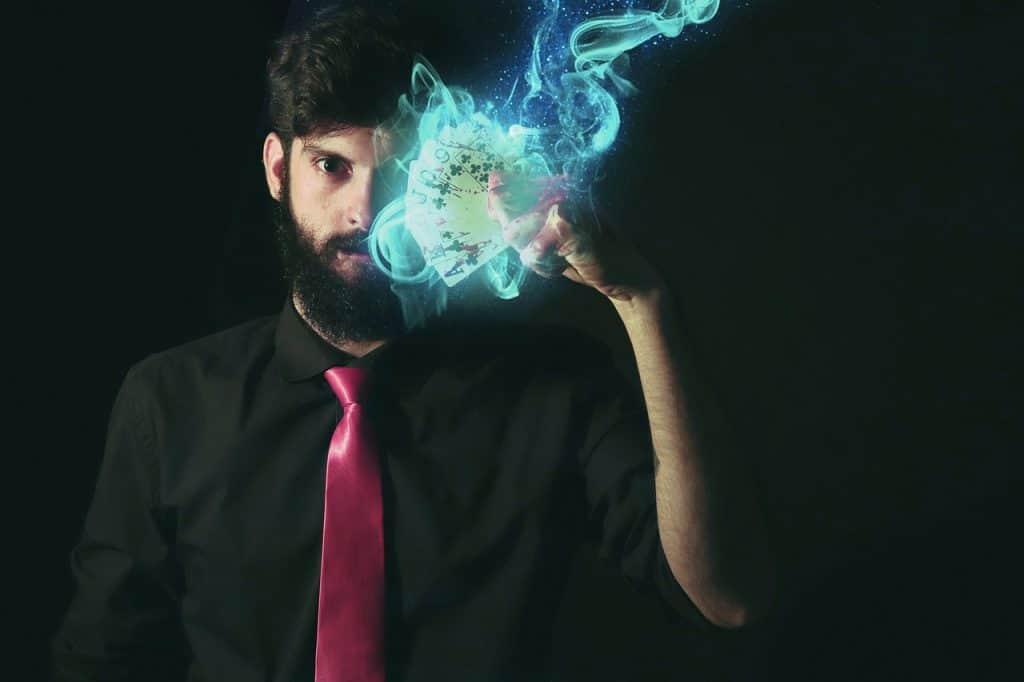איש עושה קסם